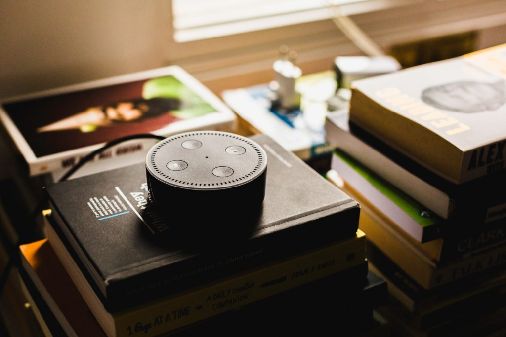 Amazon Alexa ist ein Bespiel für Sprachassistenten.